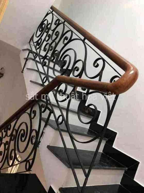 tiêu chuẩn thiết kế cầu thang sắt đạt chuẩn