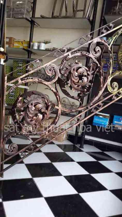 Bảng giá thi công cầu thang sắt nghệ thuật tại cơ khí hoa việt