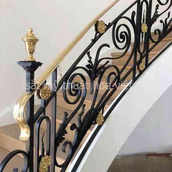 những mẫu tay vịn cầu thang sắt nghệ thuật đẹp