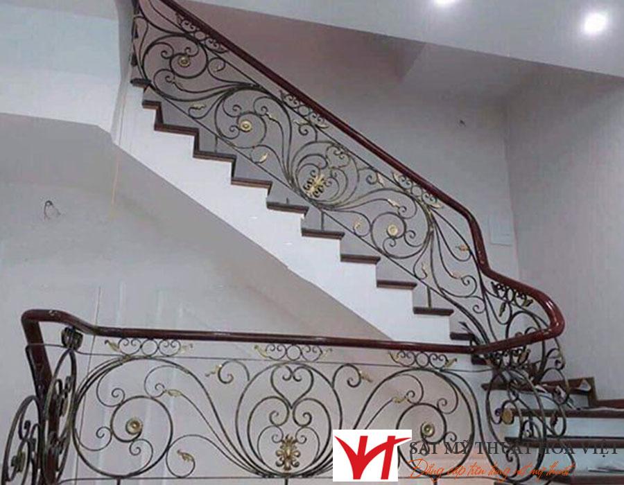 Giá thi công cầu thang sắt bao nhiêu tiền
