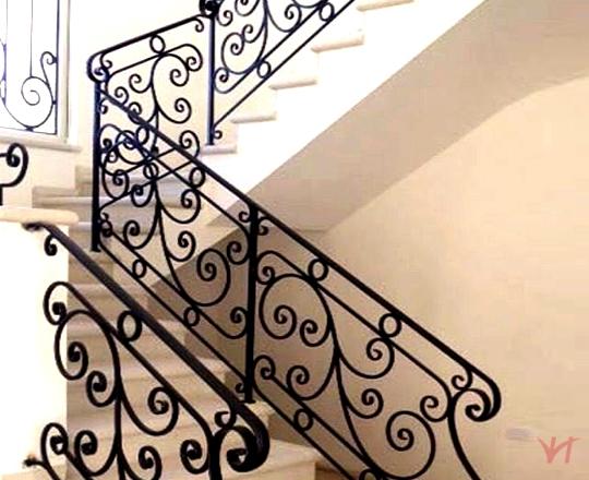 Cầu thang sắt nhà phố đẹp NP006
