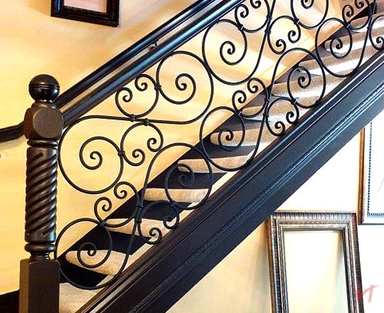 Cầu thang sắt nhà phố đẹp NP007