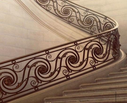 Cầu thang sắt nhà phố đẹp NP005